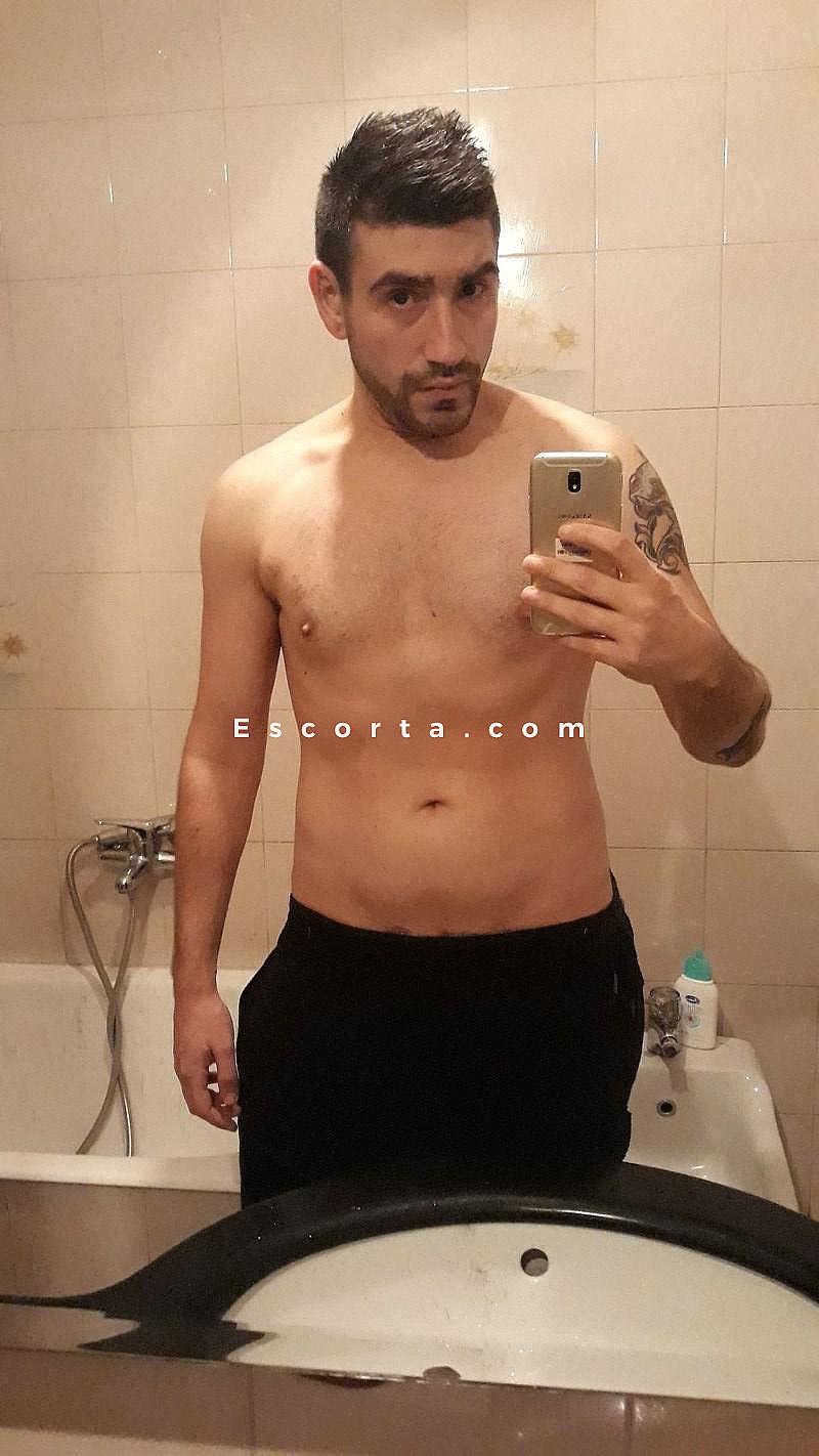 massaggi uomo brescia gay nudi pelosi