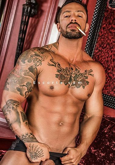 Freddy - Male escort Milano