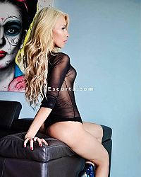 Atomic Blondie - Femmina escort Roma