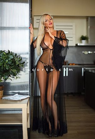 Carolin - Girl escort Roma