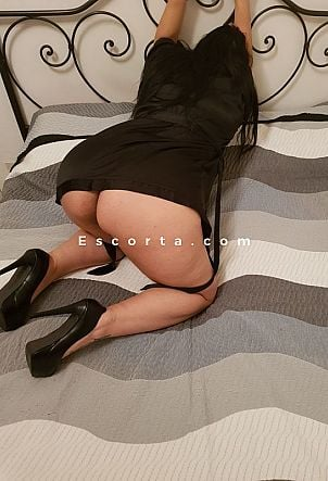 LAURA - Girl escort Roma