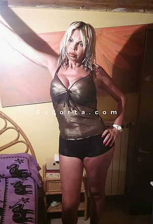 Martina - Trans escort Carrara