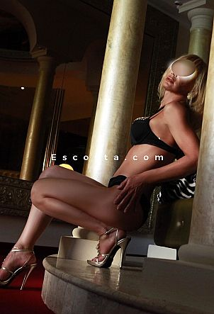 LUXURY - Girl escort Verona