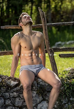 esteban - Male escort Milano
