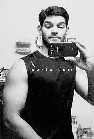 Travis - Male escort Roma
