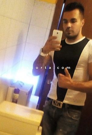 Alex - Male escort Milano