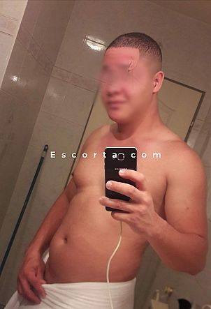 Tommy - Male escort Roma
