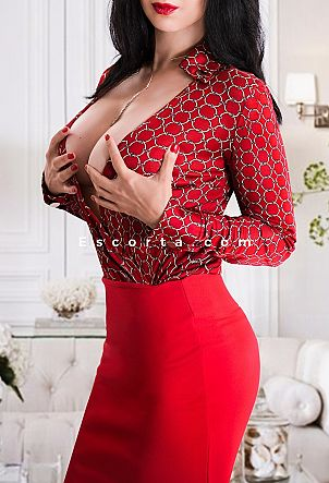LARA LOVE - Girl escort Milano