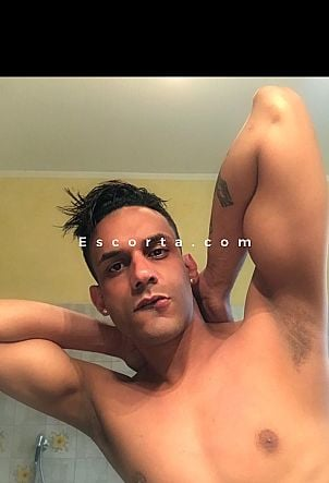 Andres - Male escort Roma